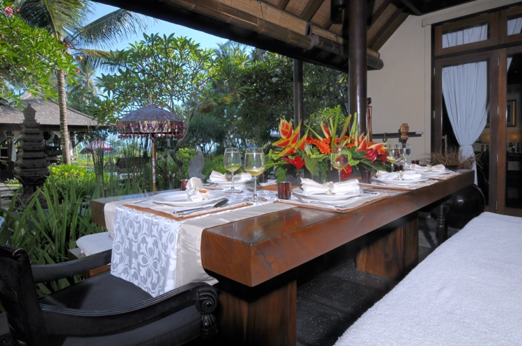 Villa Kacang Dining