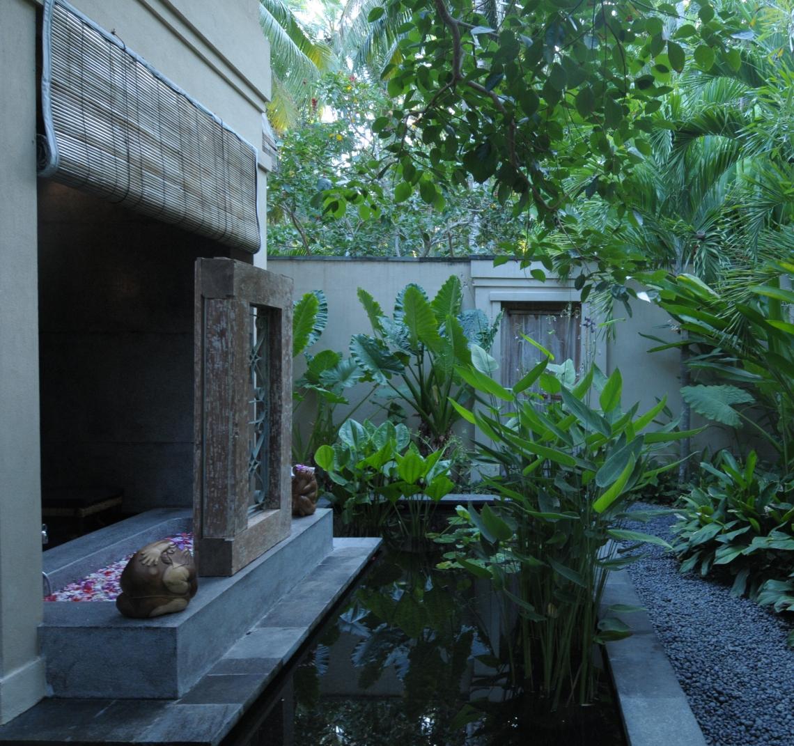 Villa Kacang Masterbath2