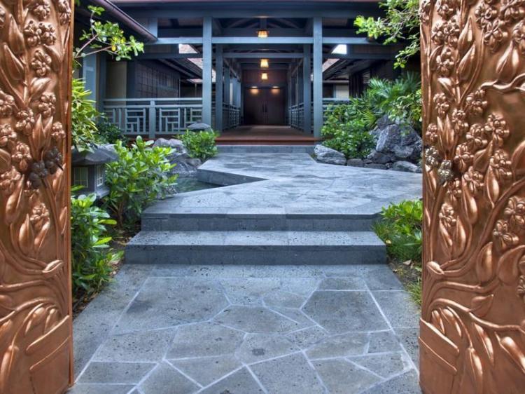 Golden-Door-Entry-